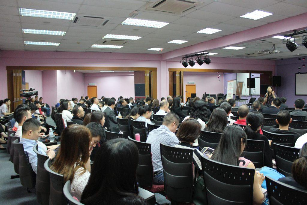 亚洲城市大学2017年度综合毕业典礼在吉隆坡隆重举行